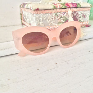 Carrie Chunky Round Sunglasses